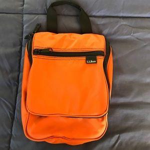 L.L.Bean small travel toiletries zippered bag